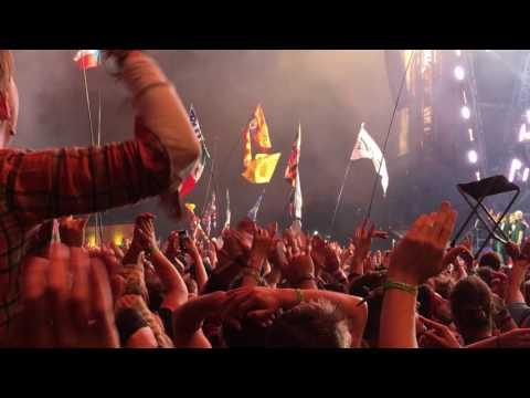 Foo Fighters - Everlong - Glastonbury 2017