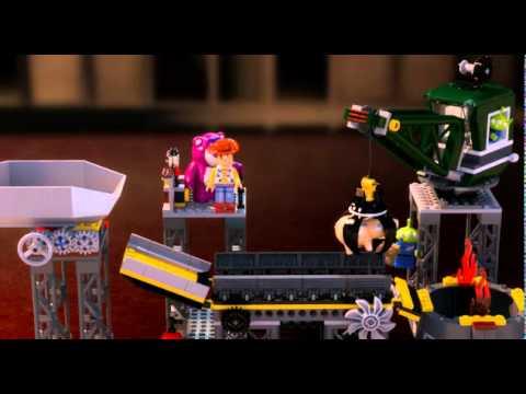 Download Toy Story 3 Trash Compactor Escape - LEGO 7596