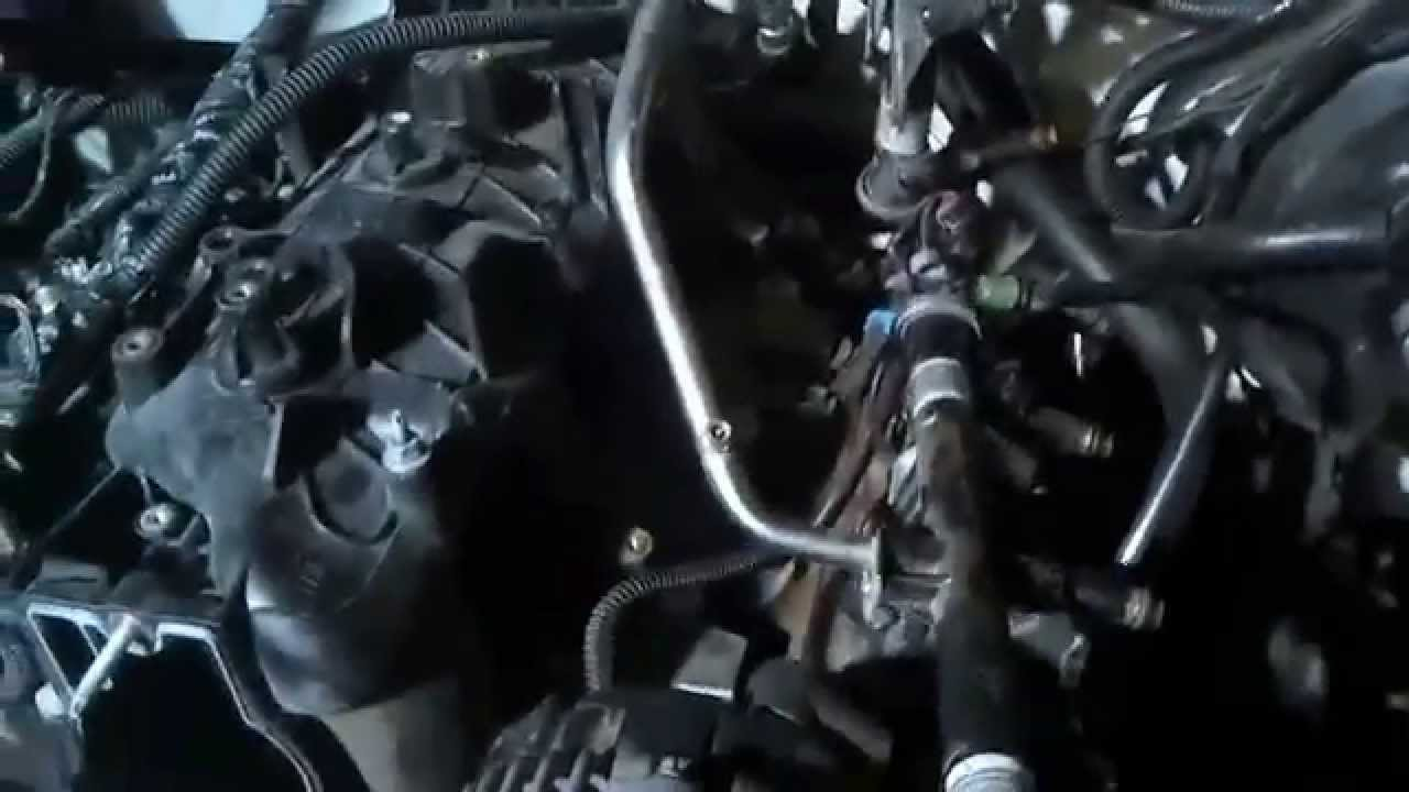 maxresdefault knock sensor 5 3 4 8 6 0 replacement youtube Chevy Engine Wiring Harness at pacquiaovsvargaslive.co