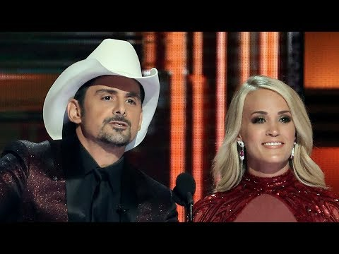 Carrie Underwood & Brad Paisley MOCK Trump During 2017 CMA Awards