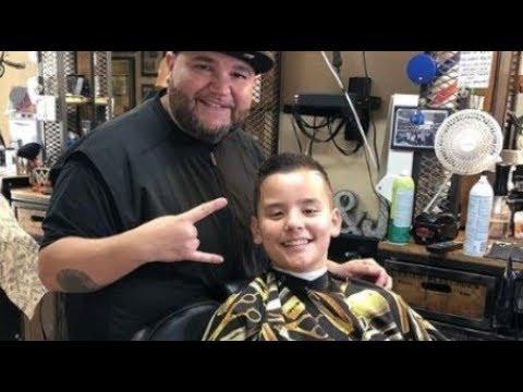 LOOK VERY INTELLIGENT! Jon Gosselin Shared Moments Collin Gosselin With New Haircut