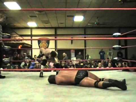FULL MATCH: Brandon Thurston vs. Chris Cooper (11/10/2010) - Empire State Wrestling (ESW)