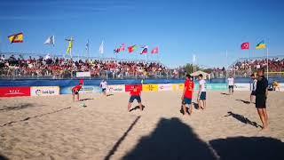 Смотреть видео Всемирные пляжные игры. Россия - Испания. Гол Макарова - 3:3 онлайн