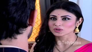 Astrologer's preidction in NAAGIN - Ritik needs to stay away from Shivanya