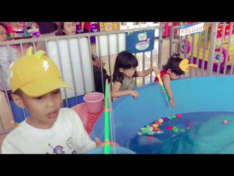 Indoor playground fishing for KIDS at cipinang indah mall east jakarta|| daffa dan zahra