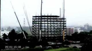 Дом за 5 дней.mp4(www.g-b1.ru В Китае ежедневно сдаётся по одной электростанции, а в неделю строится столько автодорог, сколько..., 2010-11-22T16:29:43.000Z)
