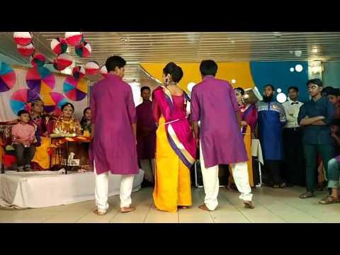 #Tune_maari_Entriya song dance Rimu Apus holud dance...😊