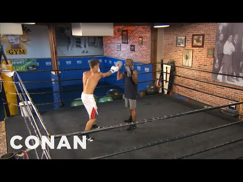 EXCLUSIVE: Justin Bieber's Boxing Lessons With Floyd Mayweather  - CONAN on TBS