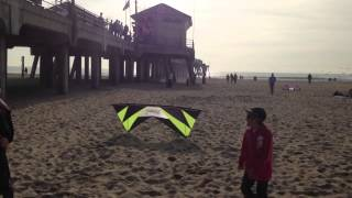Craziest and Funniest Stunt Kite Ever at Huntington Beach, California