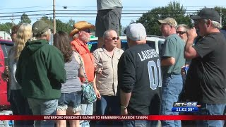 Waterford residents gather to remember Lakeside Tavern