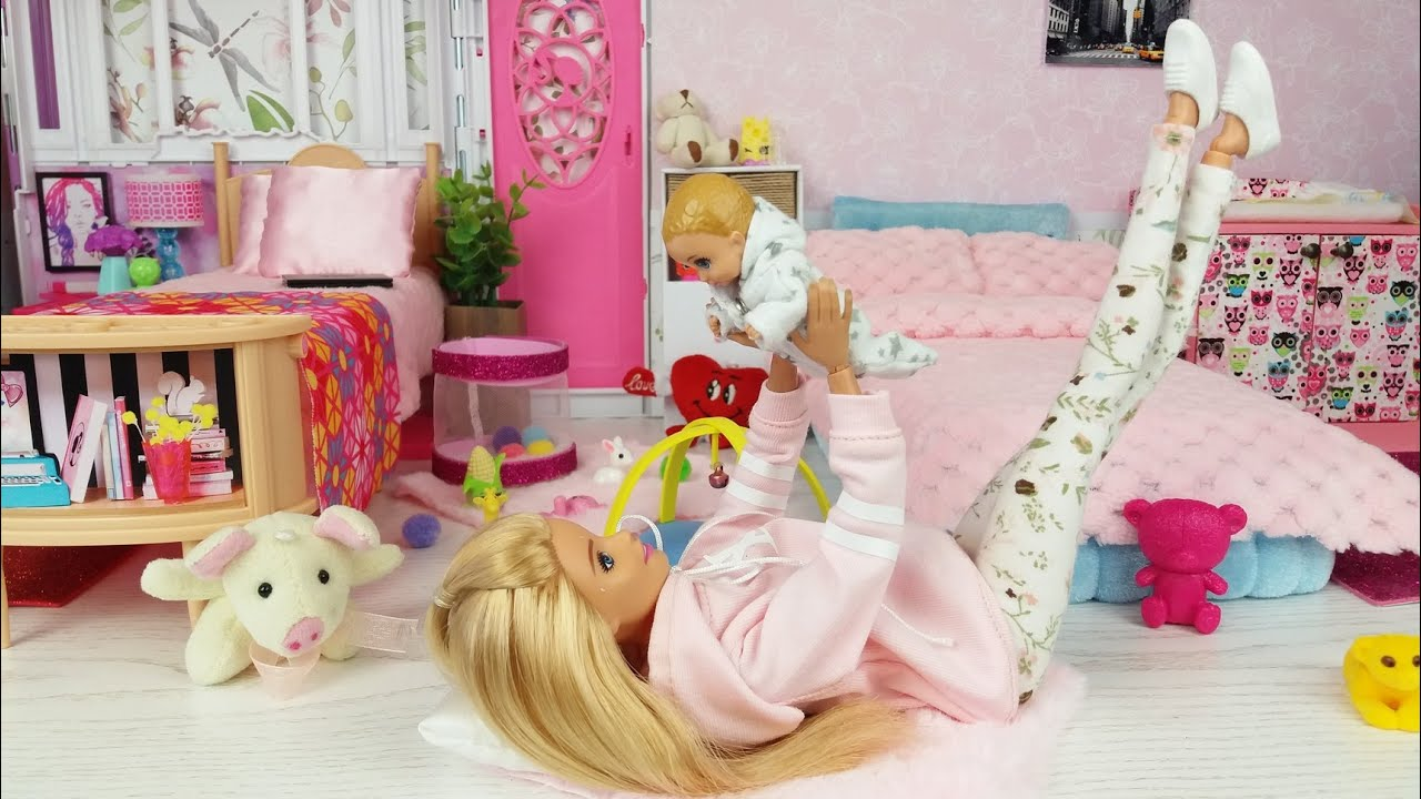 Two Barbie Two Ken Two Baby Morning Day Bedroom Bathroom Routine Life in a Barbie Dreamhouse