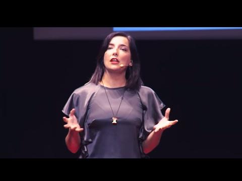 Comprare, cucinare e mangiare il giusto   Lisa Casali   TEDxSanGiovanniInPersiceto