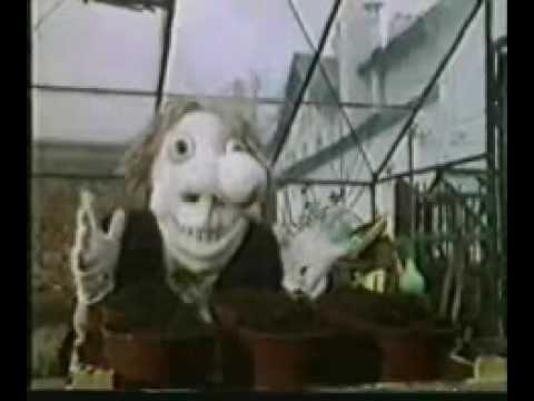 Noseybonk  creepy kids program