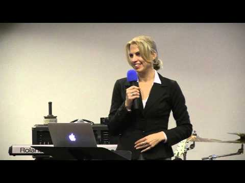 Liz Parrish speaks at People Unlimited on transcending the aging paradigm with gene therapy