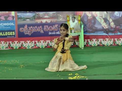tejaswini dance