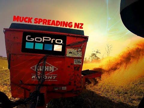 GoPro JohnDeere 6430 & Kuhn Knight Muck Spreader NZ 2014 Waikato!!