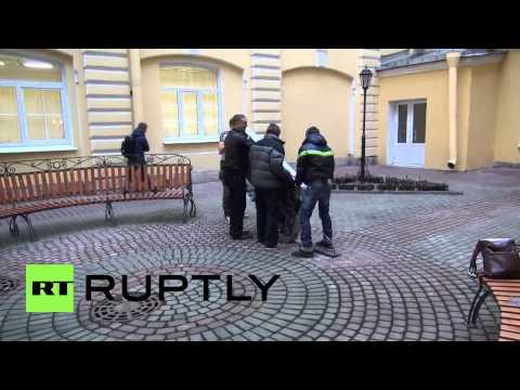 Russia: Steve Jobs iPhone monument dismantled in St. Petersburg