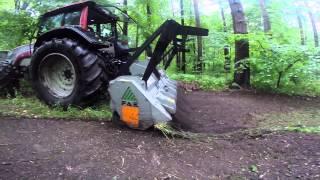 mulczer leśny FAE UMM/DT-225 z ciągnikiem Valtra T171