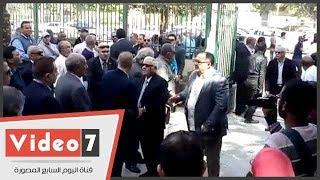 نجوى إبراهيم وأحمد موسى والحضرى وأبو زيد فى جنازة سمير زاهر