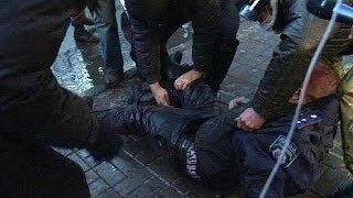 Ucraina, la polizia accusa: protesta è infiltrata da gruppi radicali