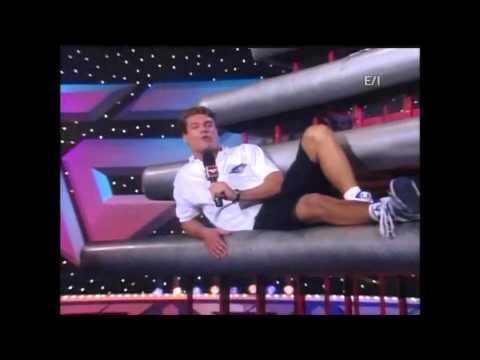 Gladiators 2000: Red team - Anthony & Chante vs Blue team - James & Tanya