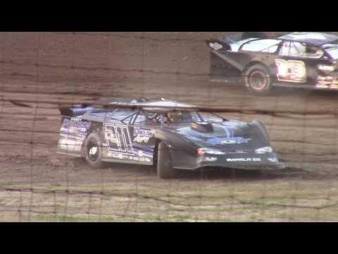 Hummingbird Speedway (6-10-17): BWP Bats Late Model Heat Race #3
