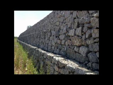 Gabion Wall Using Christchurch Earthquake Recycled Bricks