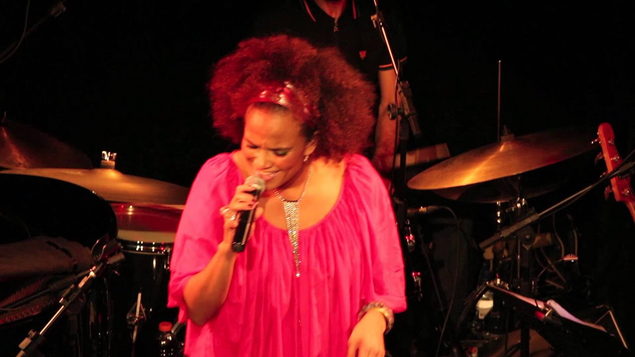Luciana Mello - Overjoyed - Tom Jazz - 10/05/2013