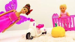 Хэллоуин близко! Барби и волшебная тыква. Видео для девочек