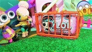 Капсула ЛОЛ стала МИКРОКАПСУЛОЙ И попалась в клетку Гренни.  #Мультики куклы #ЛОЛ сюрприз
