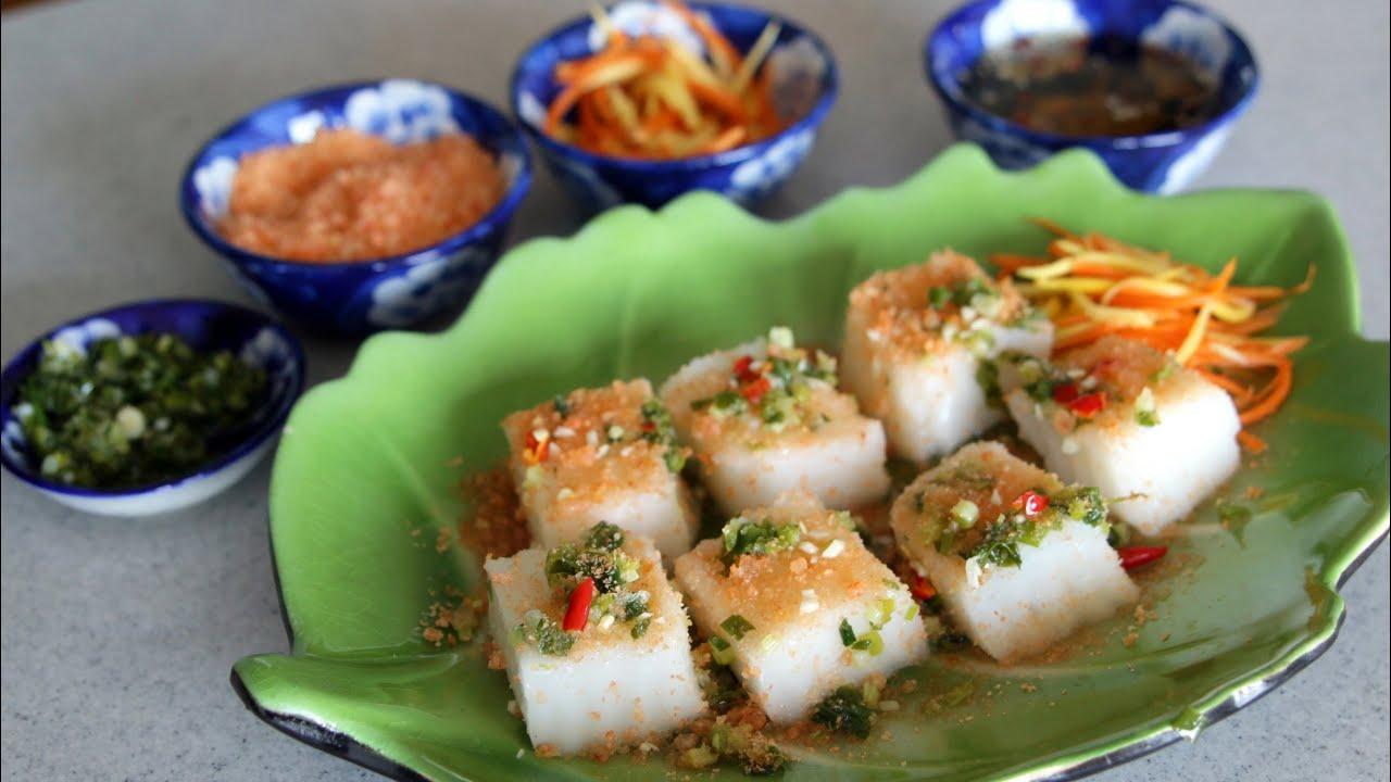 Steamed Coconut Rice Cake w/ Dried Shrimp (Bánh Đúc Tôm Chấy)