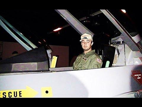 FLIGHTDECK AIR COMBAT CENTER F-16 JET FIGHTER SIMULATOR - ANAHEIM, CA - 8/21/2013