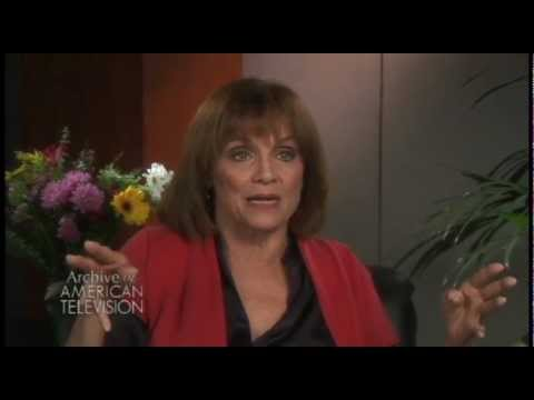 "Valerie Harper on getting cast as ""Rhoda"" on ""The Mary Tyler Moore Show"" - EMMYTVLEGENDS.ORG"