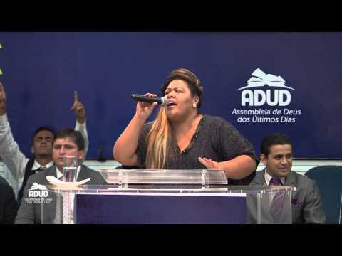 Dayse Fat Family adorando ao Senhor no Templo da ADUD