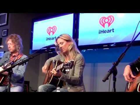 Sheryl Crow - Country 92-5 Intimate concert  (30 September 2013)