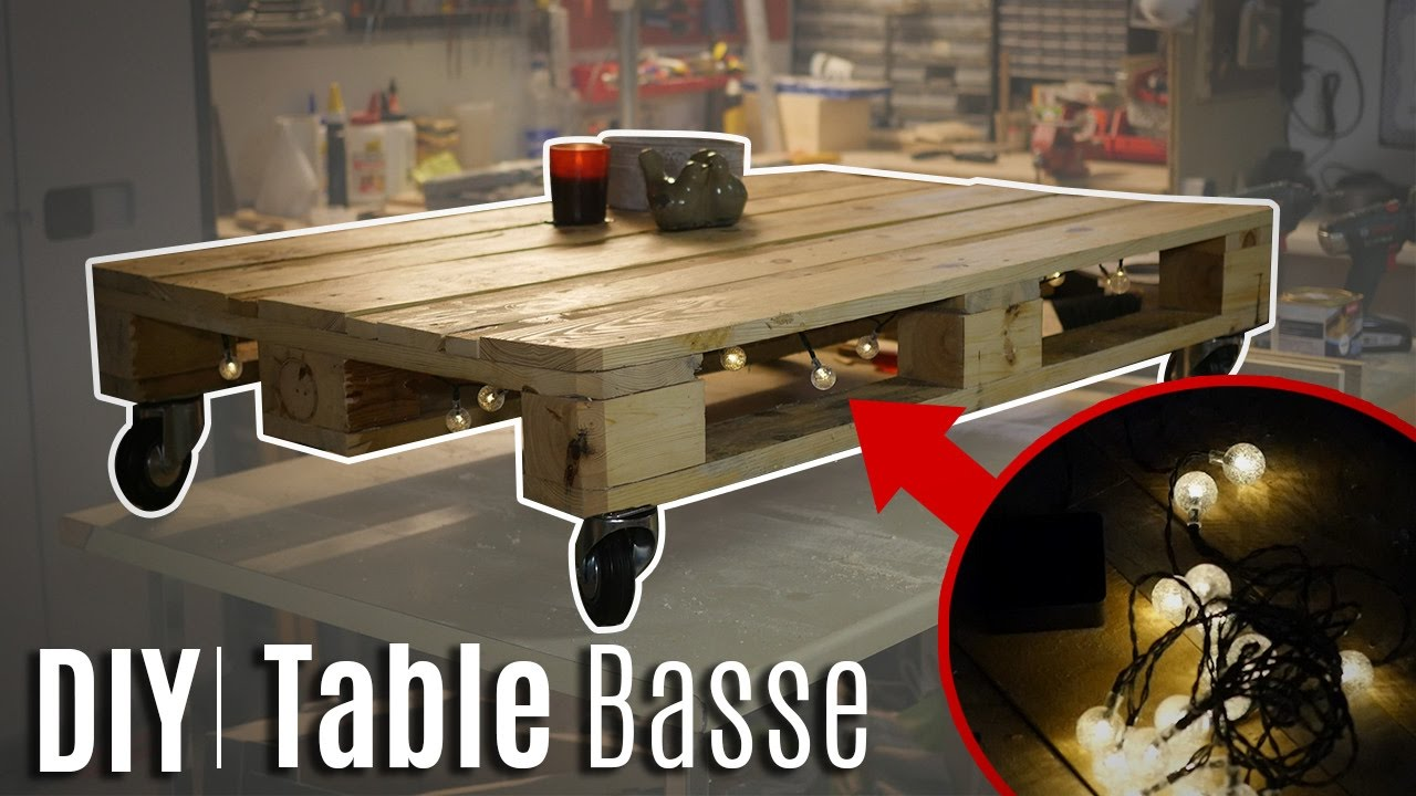 comment fabriquer une table basse en palette youtube. Black Bedroom Furniture Sets. Home Design Ideas