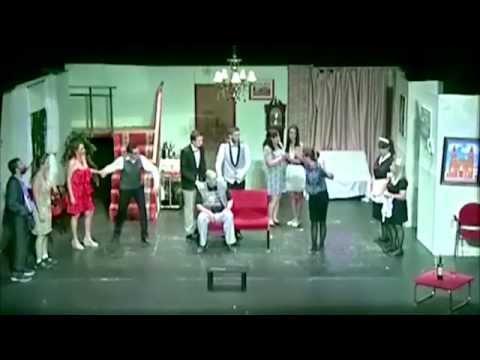 """ESTOPA - Videoclip """"GENTE HONRADA"""". Tema principal de la película """"SOMOS GENTE HONRADA"""" from YouTube · Duration:  2 minutes 39 seconds"""