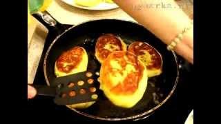 Картофельные пирожки с начинкой из капусты