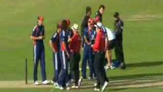 Controversy on Ryan Sidebottom collides with Grant Elliott,