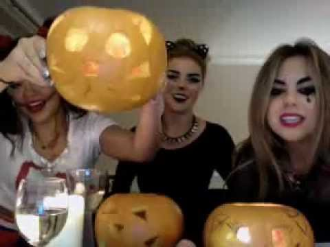 The Dolly Rockers Halloween Twitcam - October 29, 2012
