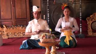 Lomba Kramaning Sembah menyambut HUT Ke-60 Yayasan Dwijendra Pusat Denpasar