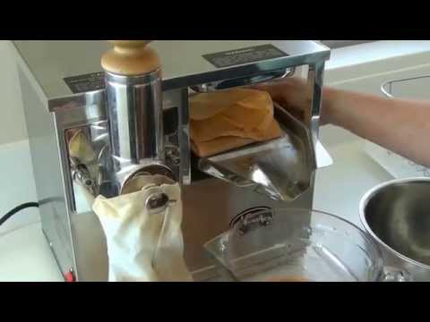 Norwalk Juicer demonstration