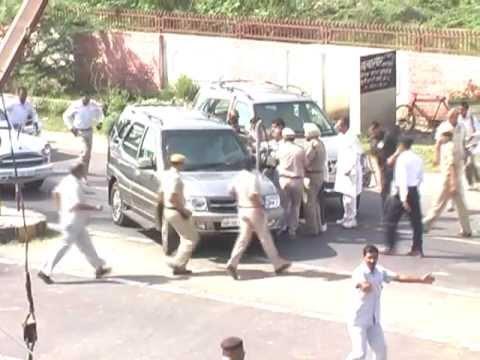 Sonia Gandhi visits rape victim family in Narwana Jind