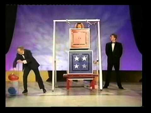 Paul Daniels magic show illusion-No Spoilers.