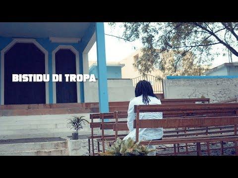 ZayG - Bistidu Di Tropa (Oficial Video By FeiaTv)