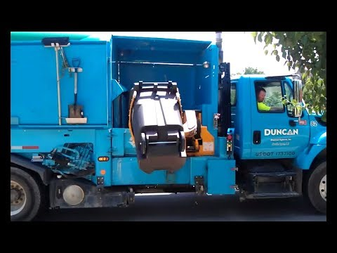 Garbage Collection videos for Children Garbage bin Trucks for kids crushing rubbish just the pick up