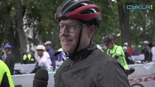 15 mil räcker inte –Reiner cyklade till starten