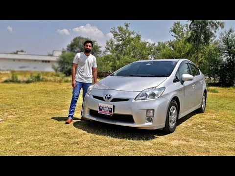 Toyota Prius 2011 Detailed Review |Price |Test Drive & specs