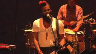 "G.B.T.V. CultureShare ARCHIVES 2010: ROBERT GLASPER EXPERIMENT ""Everybody Loves the Sunshine"""