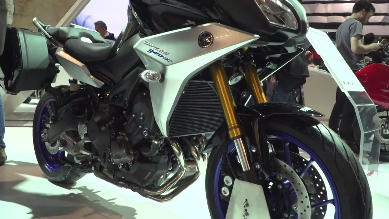 new yamaha tracer 900 gt closer look eicma 2017 youtube. Black Bedroom Furniture Sets. Home Design Ideas
